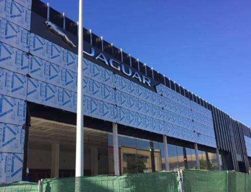 Edificación Industrial Concesionario Jaguar